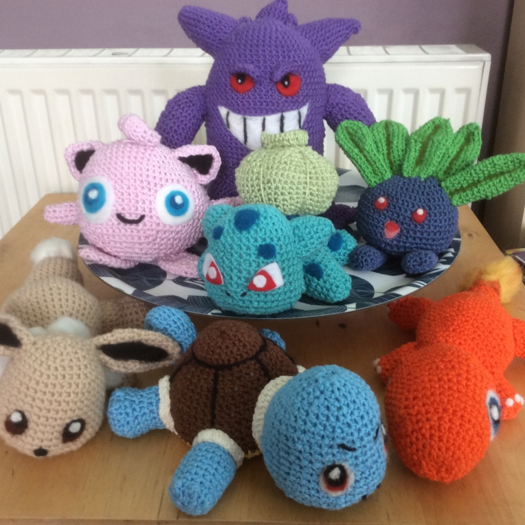 Squirtle joins the rest of the gang - Squirtle meet Eevee, Charmander, Jigglypuff, Bulbasaur, Oddish and Gengar